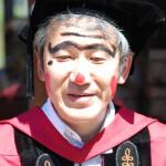 松島教授も愉快な顔を演出する