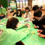 ボランティアによる手作りコーナー