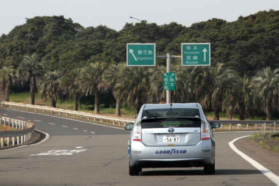 九州自動車道を北上する