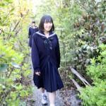 森の小道を散策