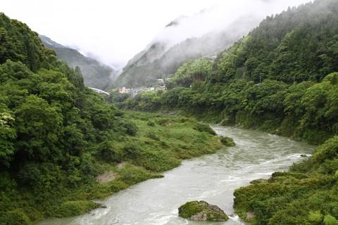 水量が増した祖谷川