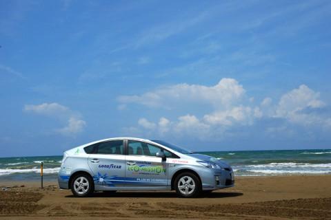 潮風が心地よい「千里浜なぎさドライブウェイ」