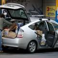 燃費の良いプリウスで被災地に物資を届ける(震災直後)