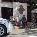 人力車で町を案内している桜風亭の田村さん