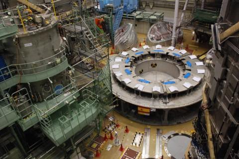 土台(クライオスタットベース:直径12m)が組み上がったTJ-60SA