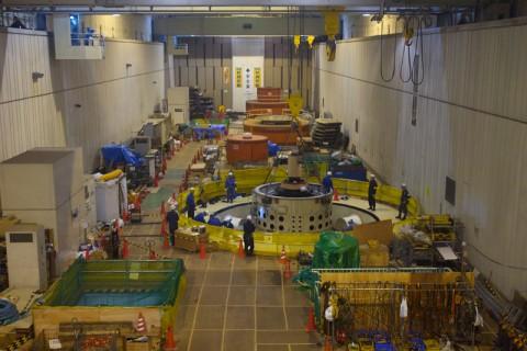 地下発電所メインフロア