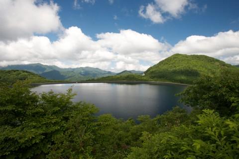 水にカタチを換えて電気エネルギーを蓄えた沼原湖