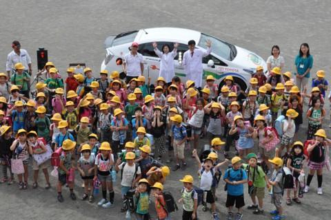 壬生小の子供たちと記念撮影