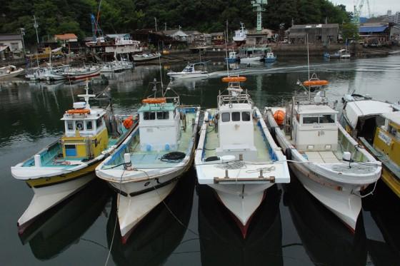 昭和の香りを色濃く残す三津浜港