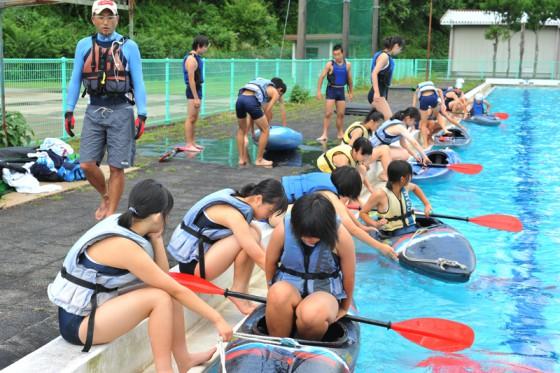 """会場の中川根中学校では全国的にも稀なカヌーの授業が行われていた。静岡国体の競技会場だった川根本町ではロンドン五輪の代表選手も輩出するなど、""""カヌーの町""""として知られる。"""