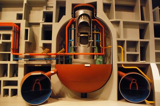 こちらは縮小スケールで発電設備全体が分かる模型