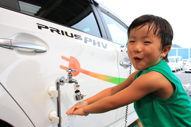 プリウスPHVの電気で動くシャワーがお気に入り♪