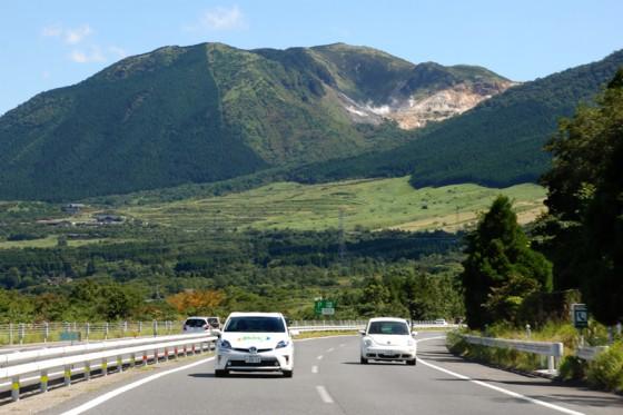 由布岳の雄大な眺望。