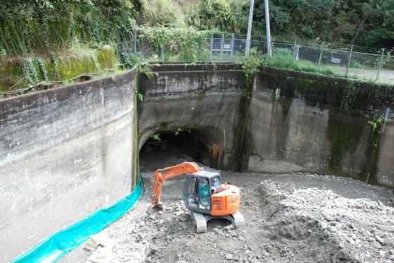 発電用取水口も埋め戻される。