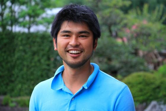 シクラメン栽培と米づくりを中心とした農作業を受託する会社を経営するのは洋子さんの弟の木須栄作さん。