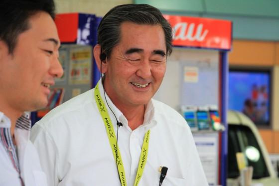 朗らかでやさしい店長の塚本さん。お世話になりました。