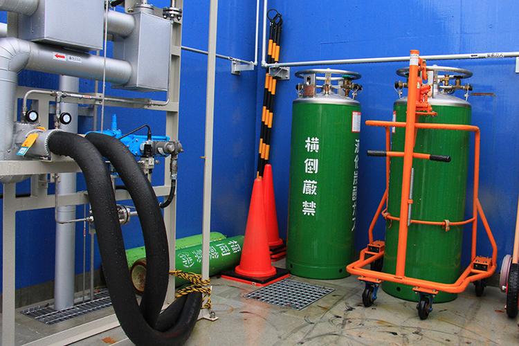 分離させたCO2はタンクに詰められ農作物の育成増進などに活用される。